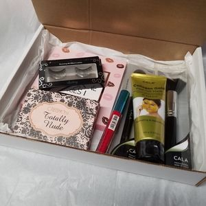 Gift cosmetics & skin care box 7 products   *  2 E